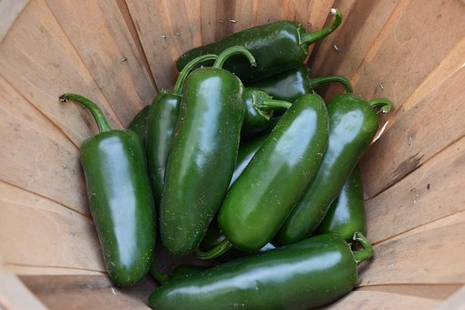 Spicy Green Peppers: 6 Varieties To Heat Your Dish Up